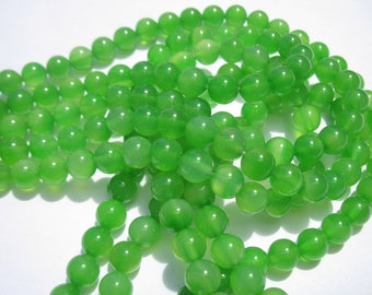 "6 ""green colored agate"" beads 8 mm (10-2)"