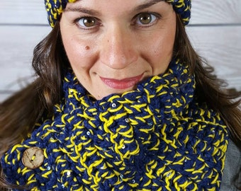 University of Michigan Scarf, U of M Scarf, Boston Harbor Scarf, Blue and yellow Cowl - Yellow and Blue with Coconut Buttons - Fast shipping