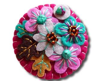 FB064 -  Japanese Art Inspired Handmade Mini Felt Brooch - Grape - Made to order