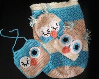 sleep sack with matching owl hats and winking owl bib