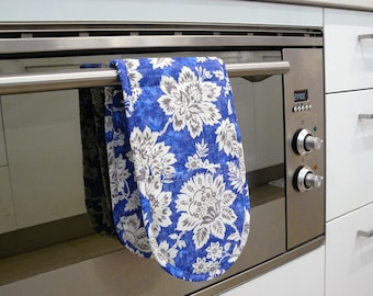 Double Oven Mitt - blue white and grey flowers