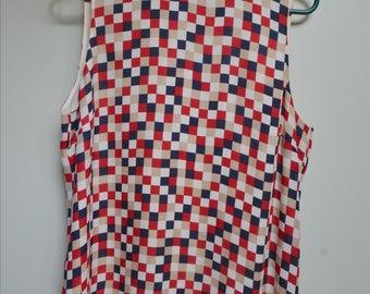 Medium Checkered Sleeveless Shirt
