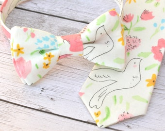 Boys easter necktie, toddler easter outfit boy, floral bow tie, boys easter clothes, easter photo prop for boys, toddler boy spring outfit