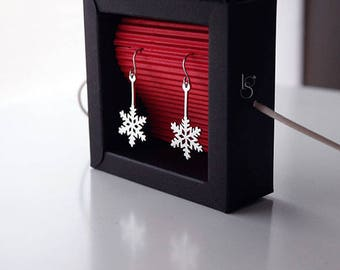 Handmade  Silver Snowflake Earrings. Winter earrings. Snow earrings. Christmas earrings.