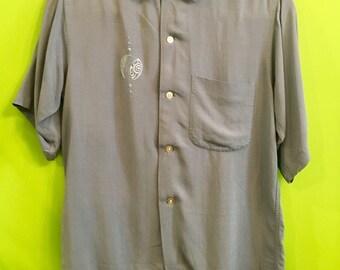 1950s Rayon Hawiian Tribal Shirt S