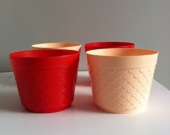 Vintage plastic Plant pot, Padiham, made in England, peach, red.