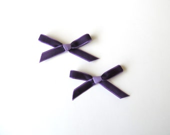 Mini Velvet Bows / Bow Sets / Pigtail Bows / Baby Bows / Newborn Bows / Schoolgirl Bow/ Simple Bows / Hand Tied Bows / Velvet Hair Bows