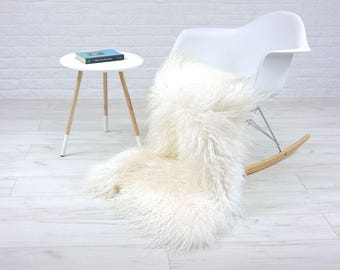 "Genuine curly cream white Icelandic single sheepskin rug | large & luxurious | ""Mongolian style"" decorative rug, chair cover, throw 