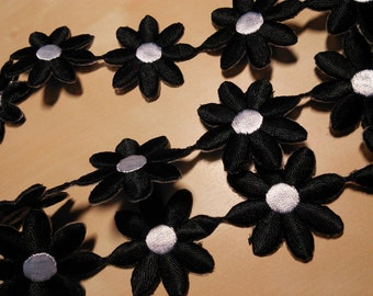 "2 Yards of 1-3/8"" Width Black Daisy Iron on Adhesive Trim"