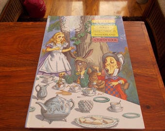 hb 1994 Alices adventures in Wonderland   Pop up book