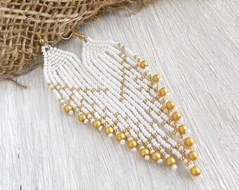 Bridal earrings White wedding earrings Fringe earrings Beaded earrings Bohemian earrings White earrings  Seed Bead Earrings for bride