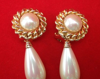 Piadoro Pearl Clip On Earrings