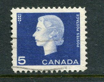 Queen Elizabeth II Stamps From Canada /Bulk Blue Stamps/ Used Blue Stamps
