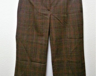 BCBG MAXAZRIA Vintage Women's Multicolored Notched Back Casual/Career Capris/Pants Size 2