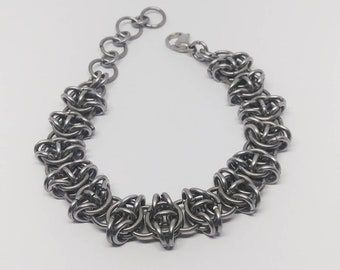Stainless steel chainmaille bracelets