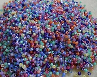 8/0 Miyuki and Toho Seed Bead Mix, 25 grams, Rose/Lavender/Lilac/Mint (0080)