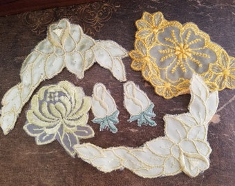 Beautiful Vintage Yellow Floral Appliques | Flowers Lot
