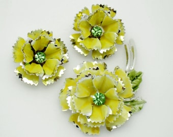 Vintage Silver Plated Dimensional Floral Yellow Enamel Brooch Earring SET