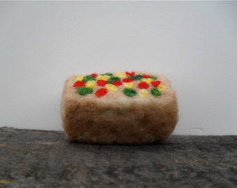 Cat toy catnip Fruit cake, needle felted