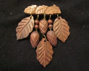 large wood brooch acorns leaves vintage brooch vintage jewelry