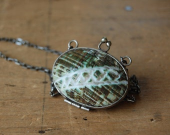 Vintage 1970s Miriam Haskell shell purse pendant