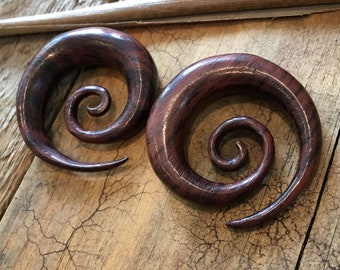 "Sono Wood Large Spiral Handcarved Hangers Taper Ear Plugs Gauges (Pair) 4mm (6g) 5mm (4G) 6mm (2G) 8mm (0G) 10mm (00G) 12mm (1/2"")"