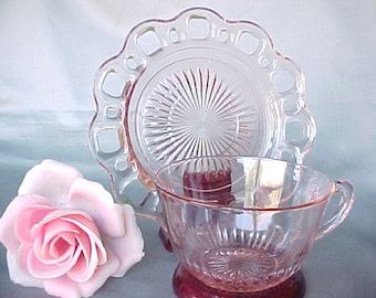 Anchor Hocking Old Colony Pink Cup and Saucer, Collectible Vintage Depression Glass in Lace Edge Pattern, 1930s Kitchen Glassware