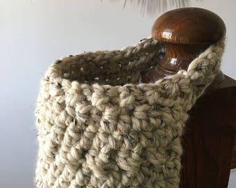 Hanging Door Knob Basket // Hanging Crocheted Basket // Accessory Basket // Hanging Basket // Bed Post Basket // Crocheted Housewares