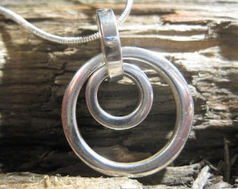 sterling CIRCLE OF LIFE eternity pendant necklace