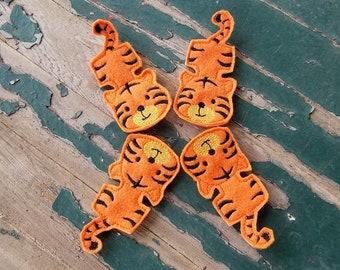 Tiger Finger Puppet , Tiger Finger Friend , Bendable Tiger Finger Puppet