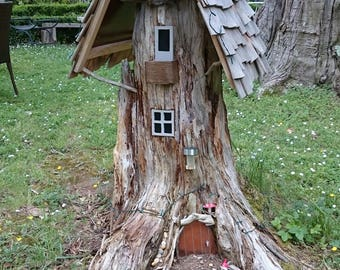 Garden sculpture Gnome House