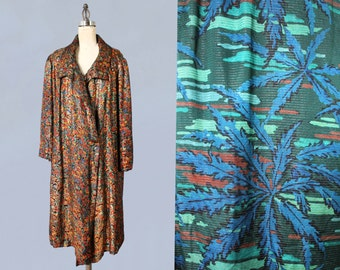 1920s Flapper Coat / 20s Vibrant Colorful Metallic Lamé Coat / Incredible Blue Camouflage Lining!