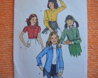 vintage 1970s Simplicity sewing pattern 6477 girls blouse size 8