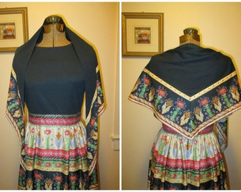 1970s knit dress with matching scarf
