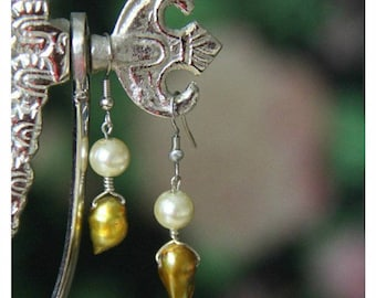 Gold nugget earring