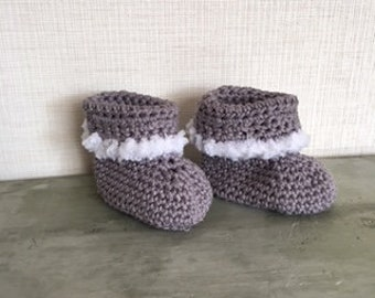 Crochet baby booties, Baby shoes, Winter baby shoes
