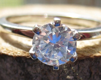 Vintage Sterling Silver Engagement Style Ring Women's Size 8 Ring with Solitaire Cubic Zirconia Stone