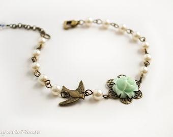 Bridesmaids Bracelet, Pearl Bracelet, Flower Girl Gift, Mint Flower Bracelet, Bridesmaid Jewelry, Shabby Chic Bracelet, Ivory Bracelet