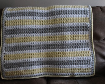 Baby blanket in Yellow, Gray and White