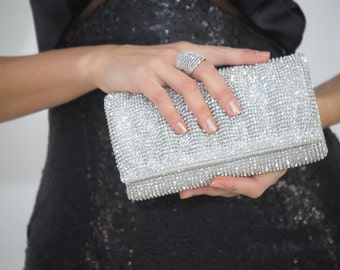 Silver Magnet Clutch