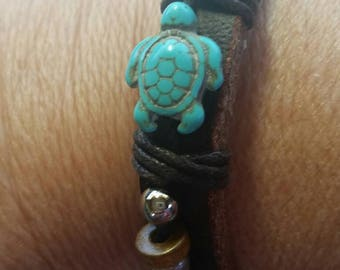 Turtle leather bracelet, turquoise, adjustable