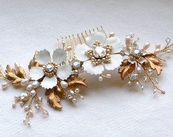 Wedding Pearl Comb Bridal headpiece Flower comb Comb Wedding comb Gold Hair Comb Bridal Headpiece Wedding Hair piece Flower Comb