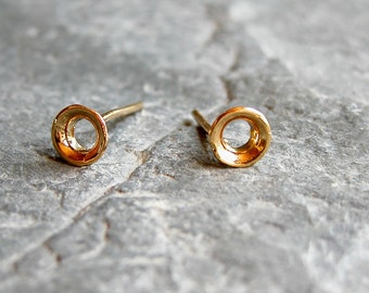 Gift For Her, Gold Stud Earrings, Gold Studs, Minimalist Look Earrings, Tiny gold stud earrings, Circle stud earrings, Gold circle studs