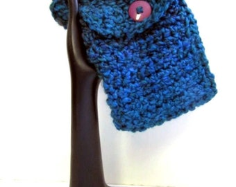 Blue Tote Mini Crochet Phone Pouch Reader Carrier Camera Bag Phone Bag Carrier Buttons Up Keep it Clean, Carry It