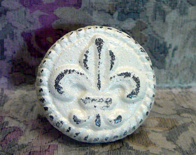 Fleur de lis Cast Iron Drawer Pull Knob Cabinet Shabby Chic Off White Home Decor