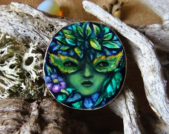 Green Lady - brooch, pendant OR mini wall hanging- wood slice art.