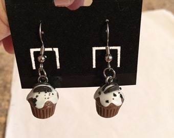 More Cute Cupcake Earrings!!