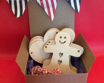 Wooden Bunting - Gingerbread Man & Heart