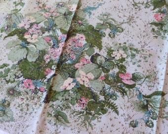 4 Vintage Drapery Panels--Set of 4 Curtain Panels~~1950's Draperies~Light Green Bark Cloth Floral Design~Vintage Curtains~Vintage Bark Cloth
