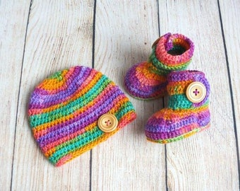 Colorful Hat and Bootie Set